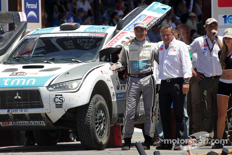 Podium catégorie AutosDakar 2010 : Carlos Sousa et Matthieu Baumel