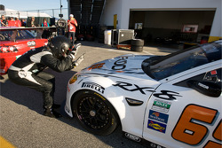 Sylvain Tremblay viert GT pole met Jeff Segal