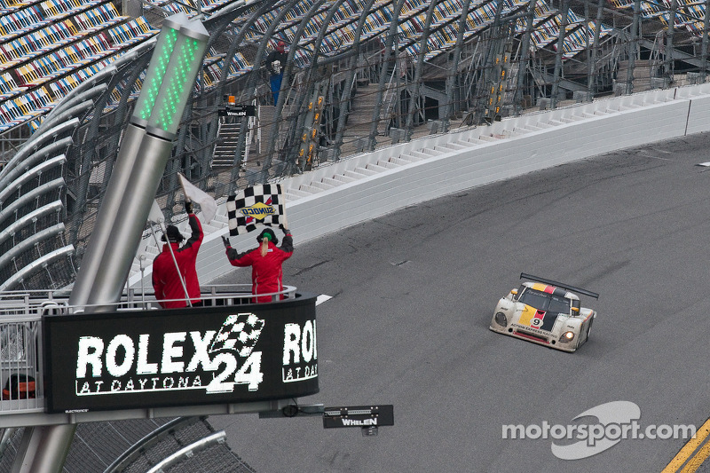#9 Action Express Racing Porsche Riley: Joao Barbosa, Terry Borcheller, Ryan Dalziel, Mike Rockenfeller takes the checkered flag to win the race