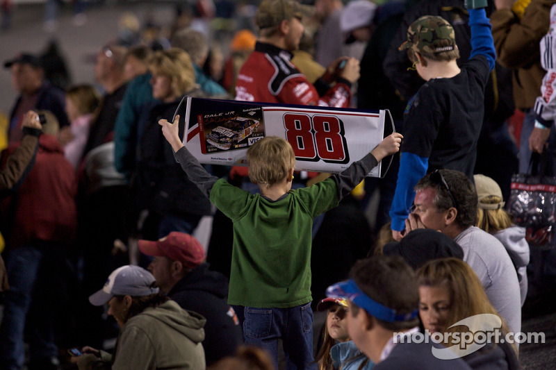 Un jeune fan de Dale Earnhardt Jr.