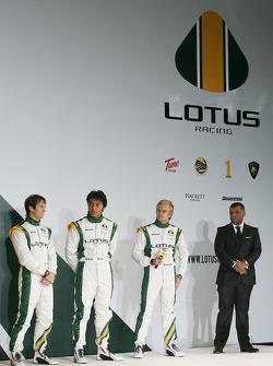 Jarno Trulli, Fairuz Fauzy, Heikki Kovalainen and Tony Fernandes, Malaysia Racing Team Principal