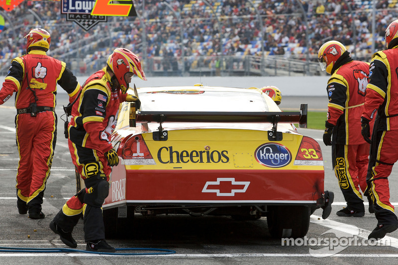 Arrêt aux stands pour Clint Bowyer, Richard Childress Racing Chevrolet