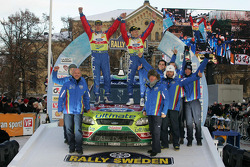 Podium: Mikko Hirvonen en Jarmo Lehtinen, Ford Focus RS WRC08, BP Ford Abu Dhabi World Rally Team