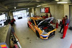 #1 TMR Australia, Mitsubishi Evo X RS: Rod Salmon, Damien White, Ian Tulloch