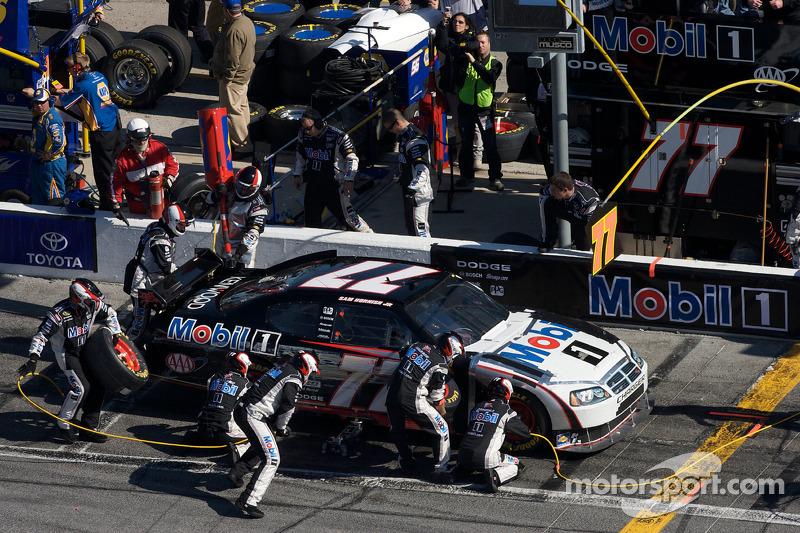 Arrêts aux stands pour Sam Hornish Jr., Penske Racing Dodge