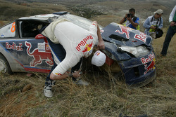 Kimi Raikkonen and Kaj Lindstrom, Citroën C4 WRC, Citroën Junior Team crash out of the rally