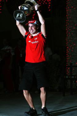 2010 Bahrain winner Fernando Alonso