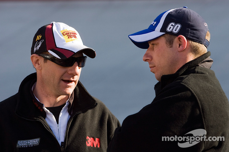 Carl Edwards' Nationwide manager Drew Blickensderfer, en Greg BIffle's cup manager Greg Erwin