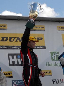 Race winnaar Fabrizio Giovanardi Triple Eight Racing