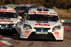 Tom Onslow-Cole Team AON Ford Focus