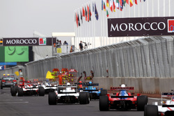 The field behind the safety car in race 1