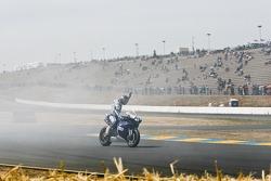 Sunday Superbike race