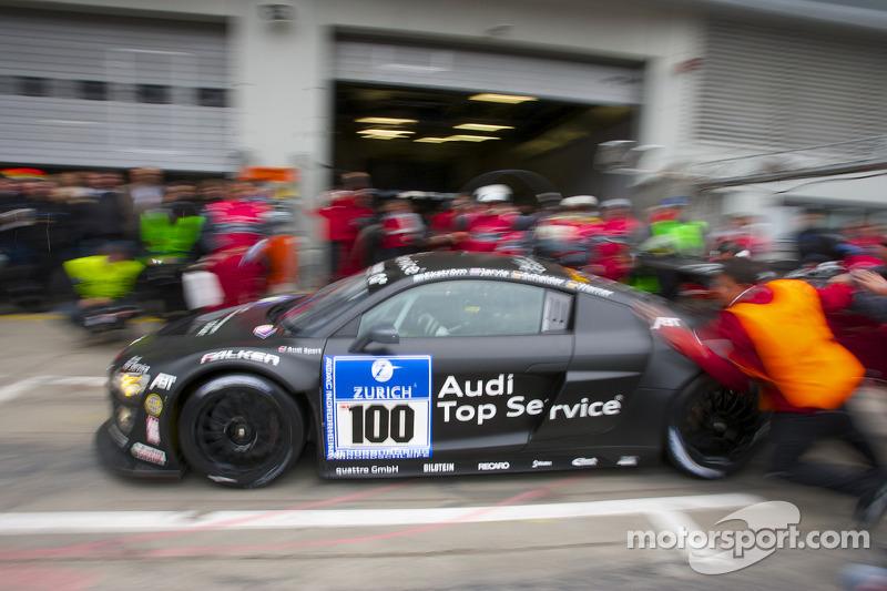 Pitstop #100 Team Abt Sportsline Audi R8 LMS: Mattias Ekström, Oliver Jarvis, Timo Scheider, Marco Werner