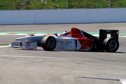 Spinning: #4 Johnny Laursen, Ascari Benetton B197 F1