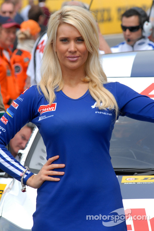La gril girl de Tom Chilton