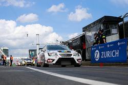 #202 Mathilda Racing, SEAT Leon TCR: Michael Paatz, Klaus Niedzwiedz, Axel Friedhoff, Axel Friedhoff