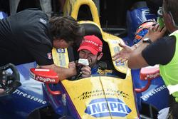 Alexander Rossi, Herta - Andretti Autosport Honda, ganador de carrera.