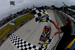 Sébastien Bourdais, KV Racing Technology Chevrolet takes the checkered flag