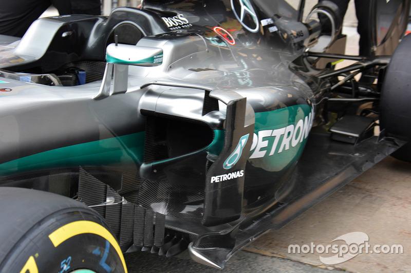 Mercedes AMG F1 W07, dettaglio della fiancata