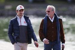 Esteban Gutiérrez, Haas F1 Team con Didier Coton, el manager de pilotos