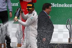 Первое место - Льюис Хэмилтон, Mercedes AMG F1 W07