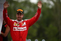 Второе место - Себастьян Феттель, Scuderia Ferrari SF16-H