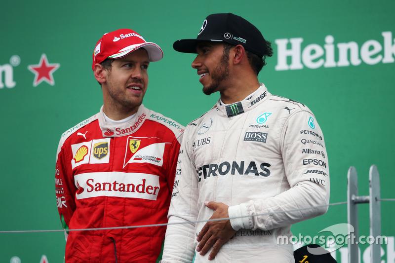 Себастьян Феттель упустил победу из-за очередной тактической ошибки Ferrari – немец провел один лишний пит-стоп. А выиграл Льюис Хэмилтон