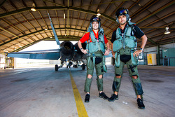 Fabian Coulthard, Team Penske Ford, Scott Pye, Team Penske Ford, RAAF savaş uçağını test ediyor