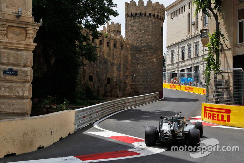 22: Гран Прі Європи, Баку. Льюіс Хемілтон, Mercedes AMG F1 W07 Hybrid