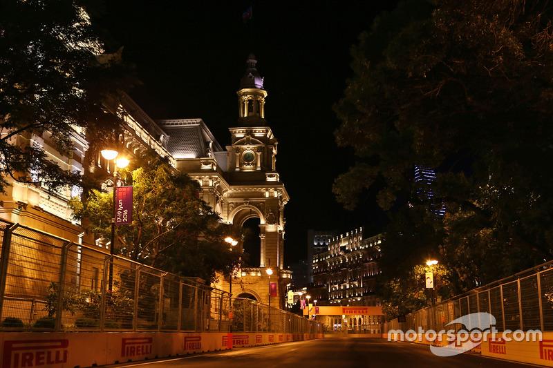 Bakou de nuit