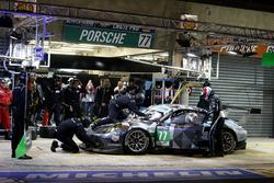 #77 Dempsey Proton Competition, Porsche 911 RSR: Richard Lietz, Michael Christensen, Philipp Eng