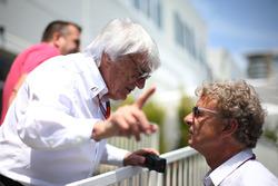 (Ki ke Ka):Bernie Ecclestone, bersama Hermann Tilke, Circuit Designer