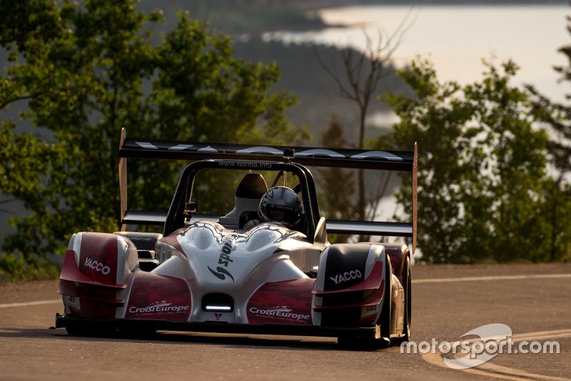 Pikes Peak: Romain Dumas auf dem Weg zum Sieg