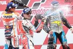 Podium: Sieger Jack Miller, Marc VDS Racing, Honda; 2. Marc Marquez, Repsol Honda Team; 3. Scott Redding, Pramac Racing