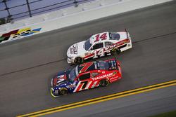 Justin Allgaier, JR Motorsports Chevrolet; Benny Gordon, Toyota
