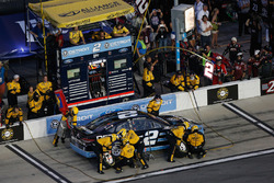 Brad Keselowski, Team Penske Ford, pit action