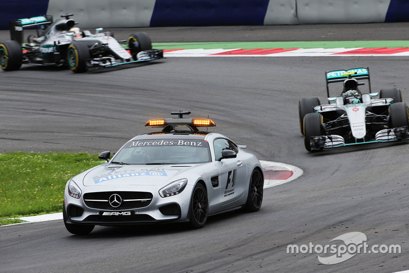 Safety Car, Nico Rosberg y Lewis Hamilton