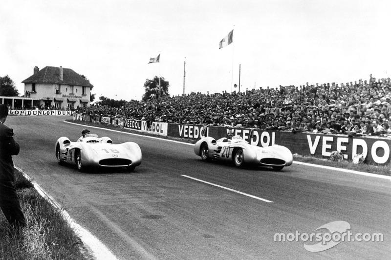 Карл Клінг та Хуан Мануель Фанхіо, Mercedes-Benz W 196 R
