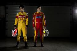 Mitch Evans, Campos Racing y Jordan King, Racing posan para una sesión de fotos