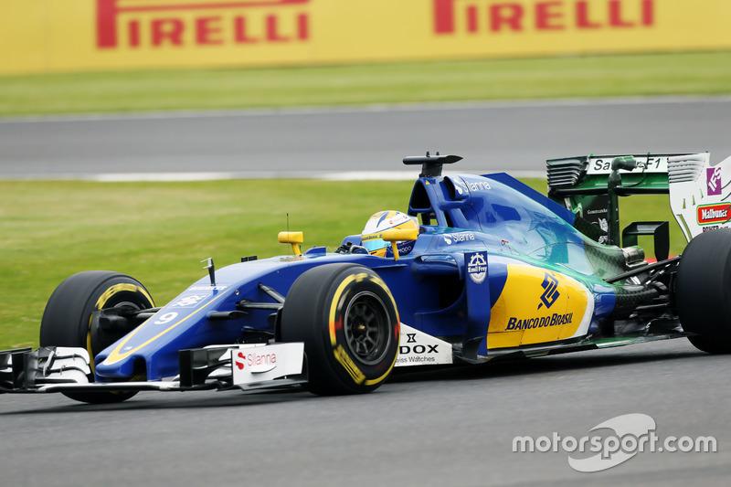 Marcus Ericsson, Sauber C35 con la vernice flow-vis sull'ala posteriore e il cofano motore