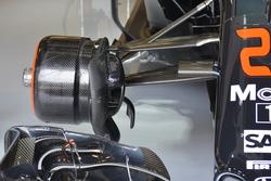 McLaren, гальма і передня підвіска