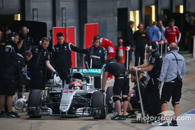 Esteban Ocon, Mercedes AMG F1 W07 Hybrid, piloto de pruebas