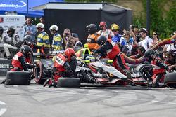 Sébastien Bourdais, KV Racing Technology Chevrolet, pit action