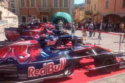 los 10 monoplazas de Toro Rosso en exposición