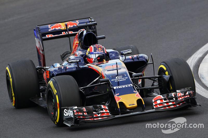 16. Daniil Kvyat, Scuderia Toro Rosso STR11
