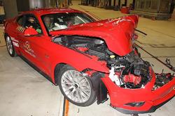 Ford Mustang teste de impacto
