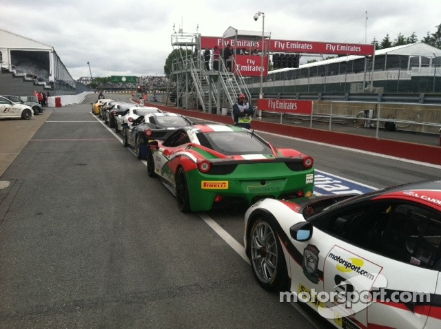 Pit row lineup