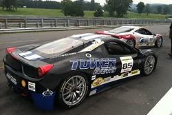 The AGM Ferrari's on pit lane