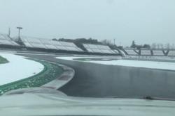 Снег на трассе
