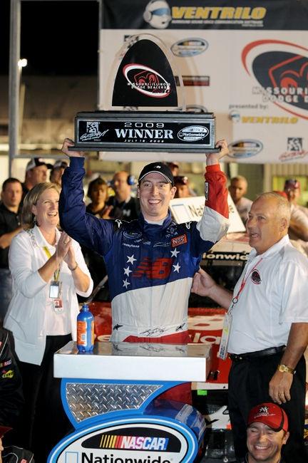 Kyle busch gateway win